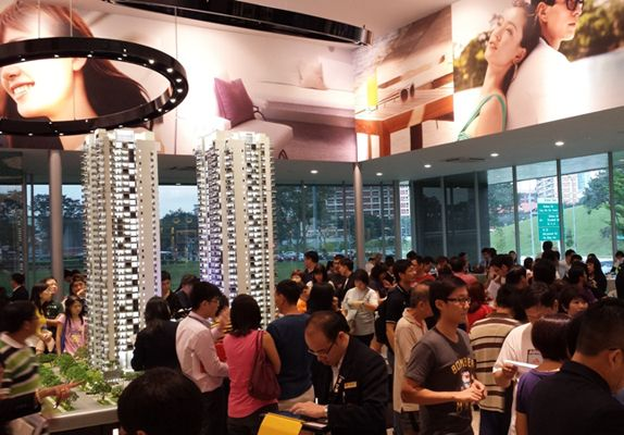 Sky Vue's combination of easy access to lifestyle amenities and proximity to Orchard Road drew throngs of interested buyers to its official launch
