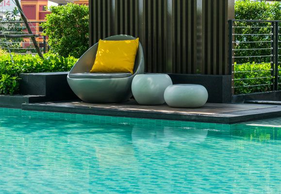Your poolside can become a wonderful place for gatherings or quiet moments of personal reflection if you know how to do it up properly