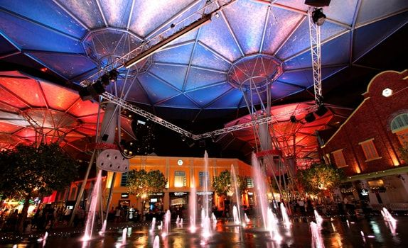 Clarke Quay marked the first project where the ETFE, a polymer membrane, was used in Singapore to provide shelter while retaining the outdoor feel