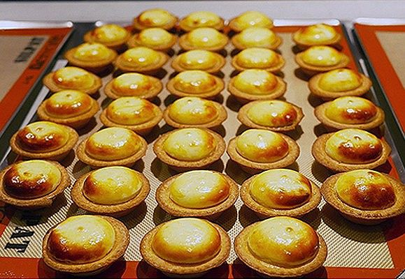 Cheese is enjoying a resurgence in popularity as Japanese and local confectionaries line their shelves with creamy cheese tarts.