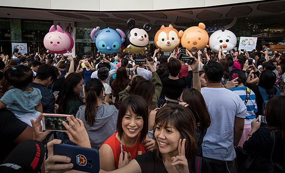 The Tsum Tsum parade ended at Plaza Singapura, delighting shoppers of all ages!